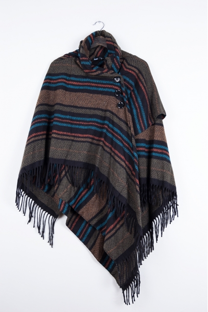 http://biondocenere.eu/2174-thickbox_default/cappotto-poncho-fantasia.jpg